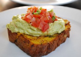 7 Awesome and Life-Changing Ways to Use Avocados!