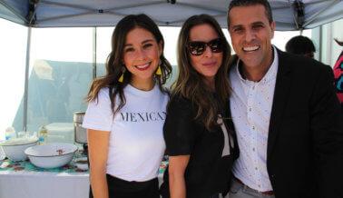 Celebridades latinas eligen los mejores chilaquiles de L.A.