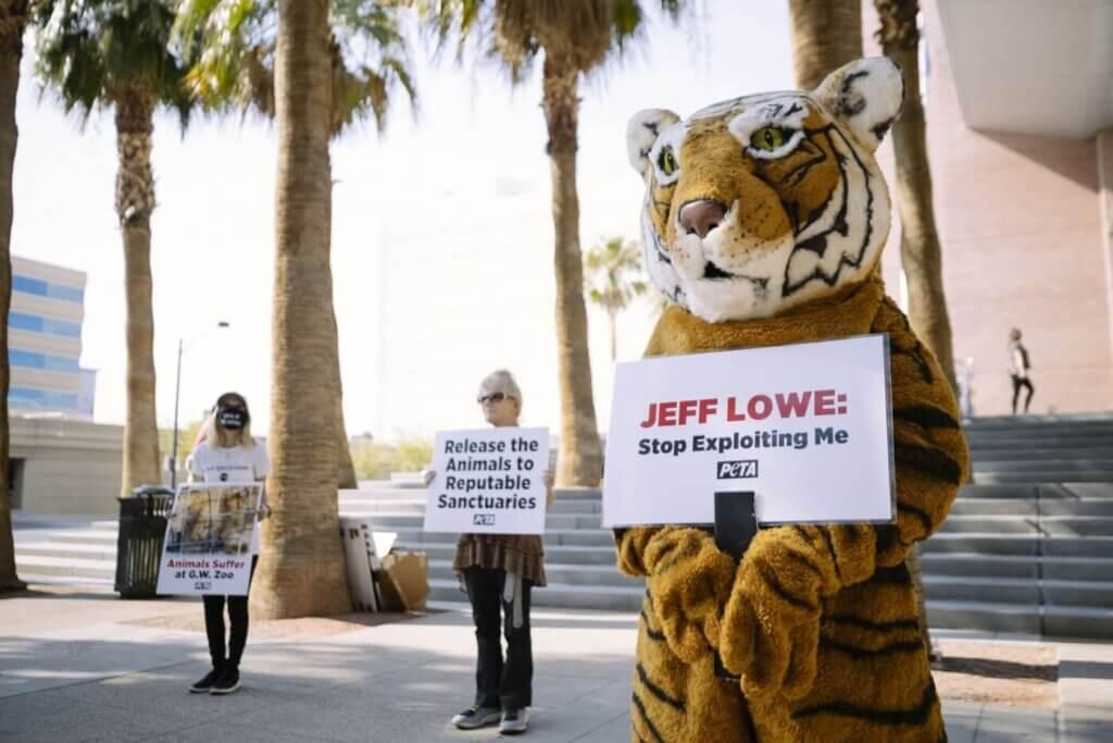 Jeff Lowe Protest