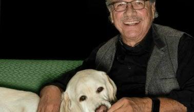 Moe y Edward James Olmos: ¡Comparte el Espíritu Navideño Con Tus Compañeros Animales!