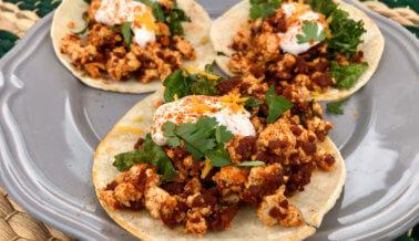 Tacos de Revuelto de Tofu y Chorizo Para el Desayuno