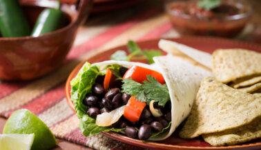 Tacos de Camote y Frijoles Negros