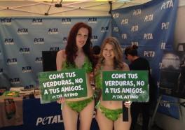 Lettuce Ladies Are the Hit of Fiesta Broadway