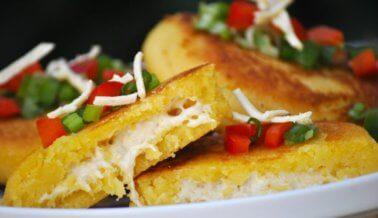 Arepas con queso vegano