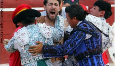 VIDEO: Jóvenes activistas protestan en contra de las corridas de toros en Yucatán