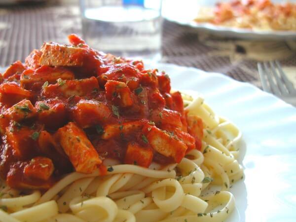 spaghetti tofu from paraveganos